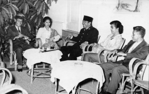Wenny Achdiat with President Sukarno